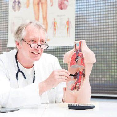 هدف از شیمی درمانی - درمان قطعی سرطان - جلوگیری از گسترش دوردست سرطان
