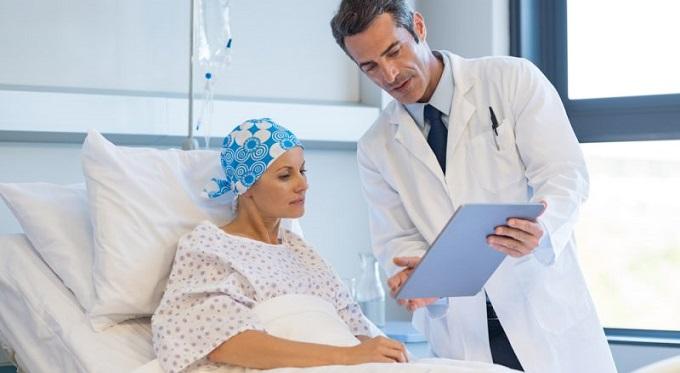 چه زمانی شیمی درمانی انجام میشود - بعد از جراحی - قبل از جراحی