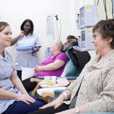 مراحل شیمی درمانی در سرطان معده و مزایای درمانی آن